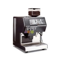 전자동 대형 에스프레소 머신(MASTER COFFEE)